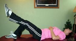 بالابردن ساق پا به صورت صاف و مستقیم درفیزیوتراپی درمنزل
