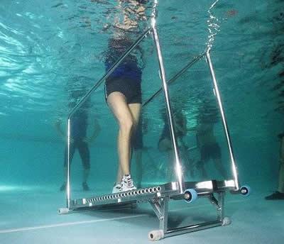 آب درمانی زانو2