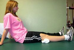 تمرین عضله چهارسر ران درفیزیوتراپی در منزل